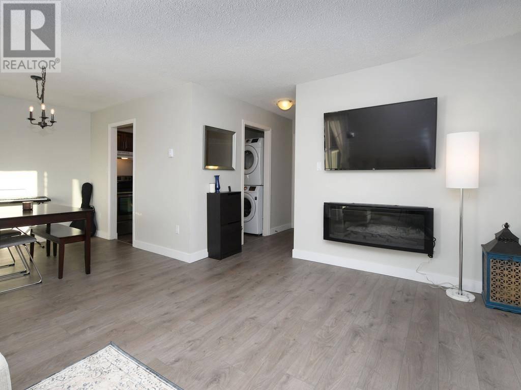 Condo for sale at 1366 Hillside Ave Unit 414 Victoria British Columbia - MLS: 420762