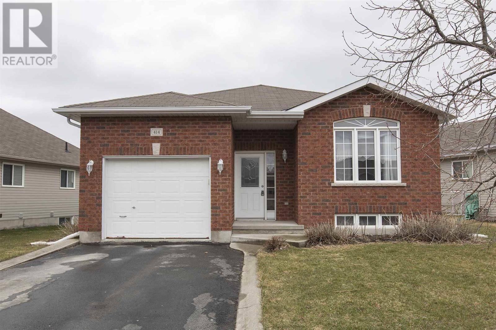 House for sale at 414 Abbot St Kingston Ontario - MLS: K20001751