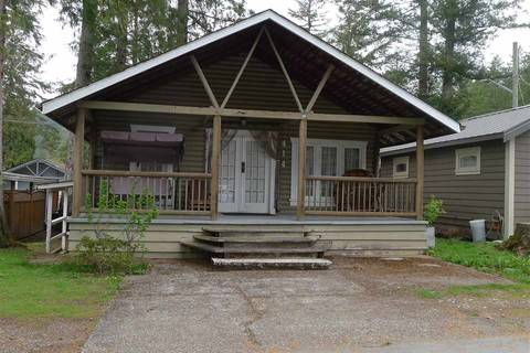 House for sale at 414 Maple St Cultus Lake British Columbia - MLS: R2359586