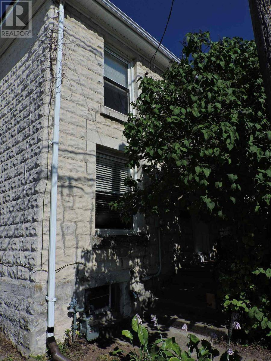 House for sale at 414 Montreal St Kingston Ontario - MLS: K19003501