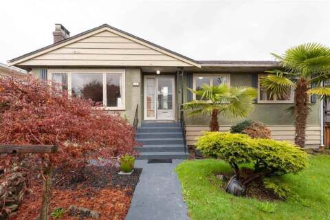House for sale at 4143 Hazelwood Cres Burnaby British Columbia - MLS: R2471532