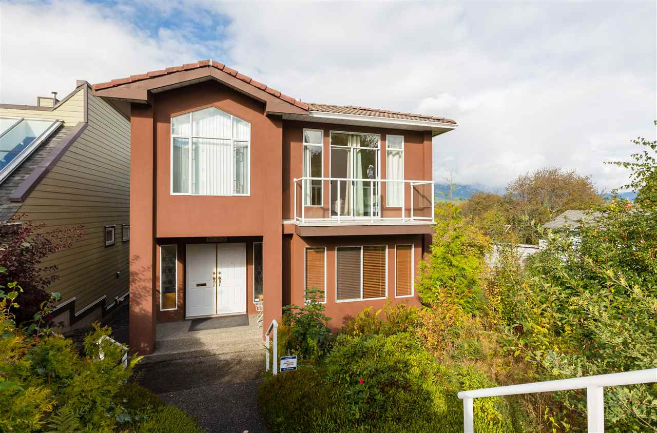 For Sale: 4143 Yale Street, Burnaby, BC | 4 Bed, 4 Bath House for $1,688,000. See 11 photos!