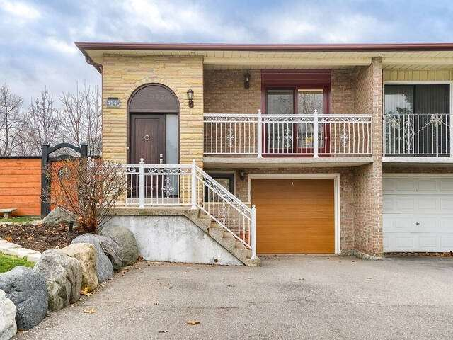 For Sale: 4146 Woodington Drive, Mississauga, ON   3 Bed, 2 Bath Townhouse for $999999.00. See 40 photos!