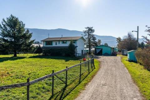 House for sale at 41490 Berry Rd Yarrow British Columbia - MLS: R2320033
