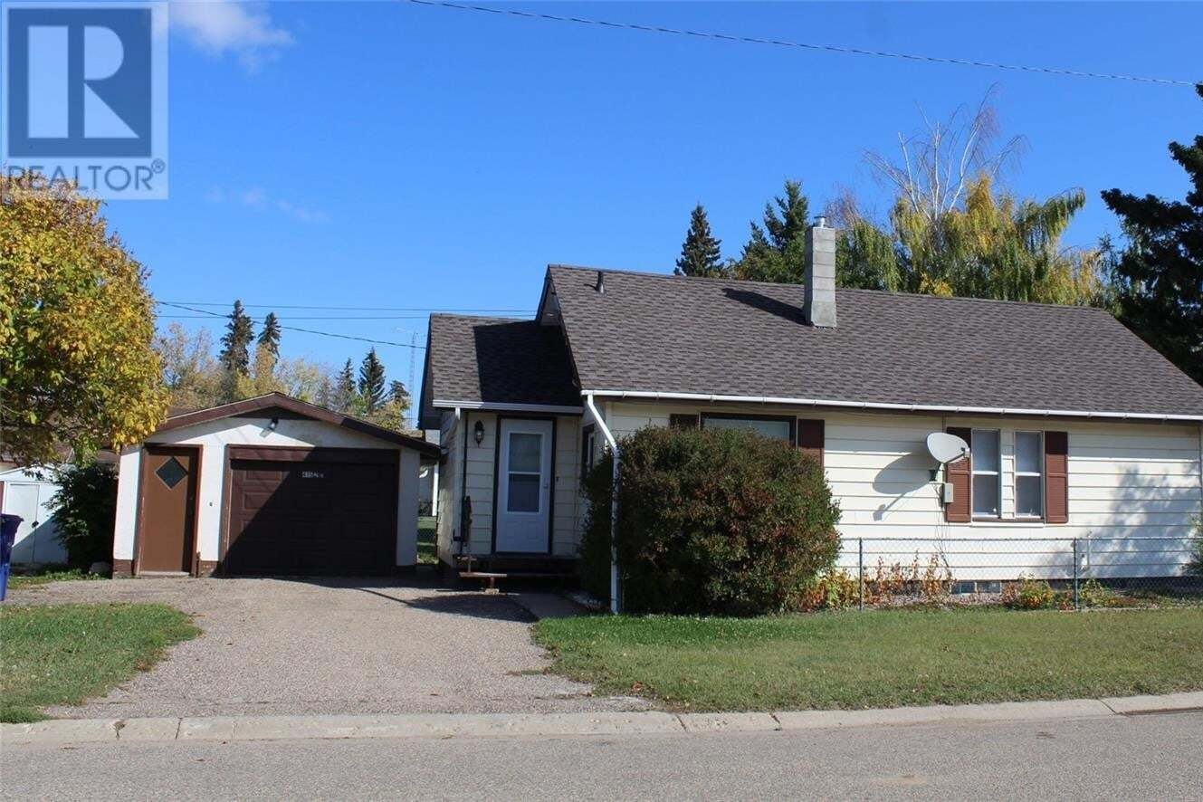 House for sale at 415 2nd St E Wilkie Saskatchewan - MLS: SK819214