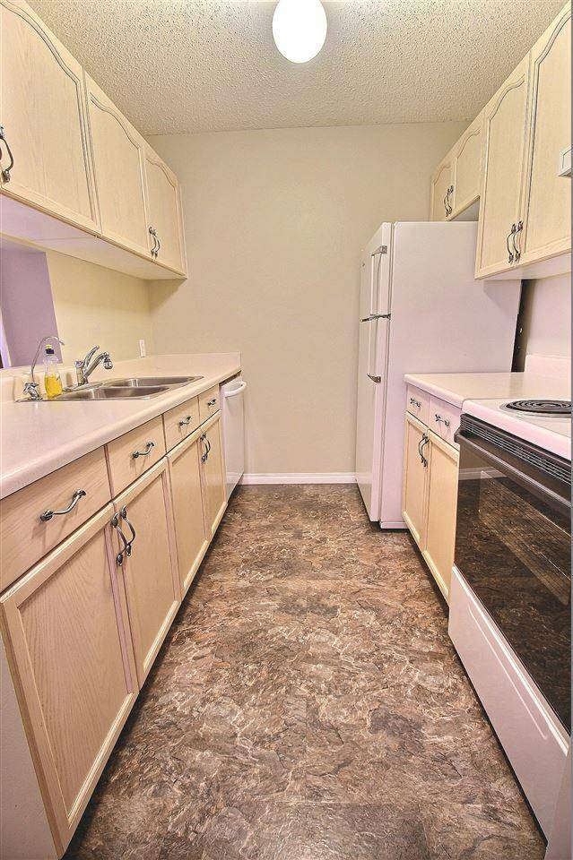 415 6710 158 Avenue Nw Edmonton For Sale 139 900