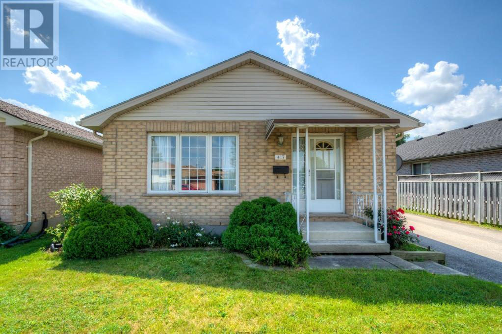 Removed: 415 Admiral Drive, London, ON - Removed on 2017-08-14 22:01:46