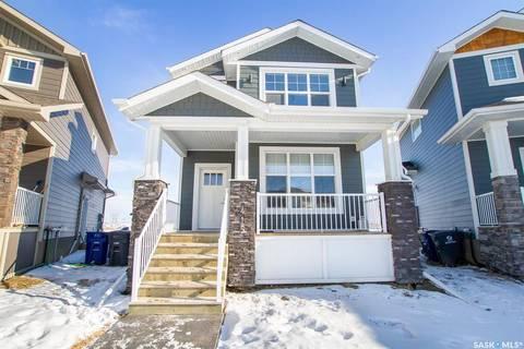 House for sale at 415 Eaton Ln Saskatoon Saskatchewan - MLS: SK799170