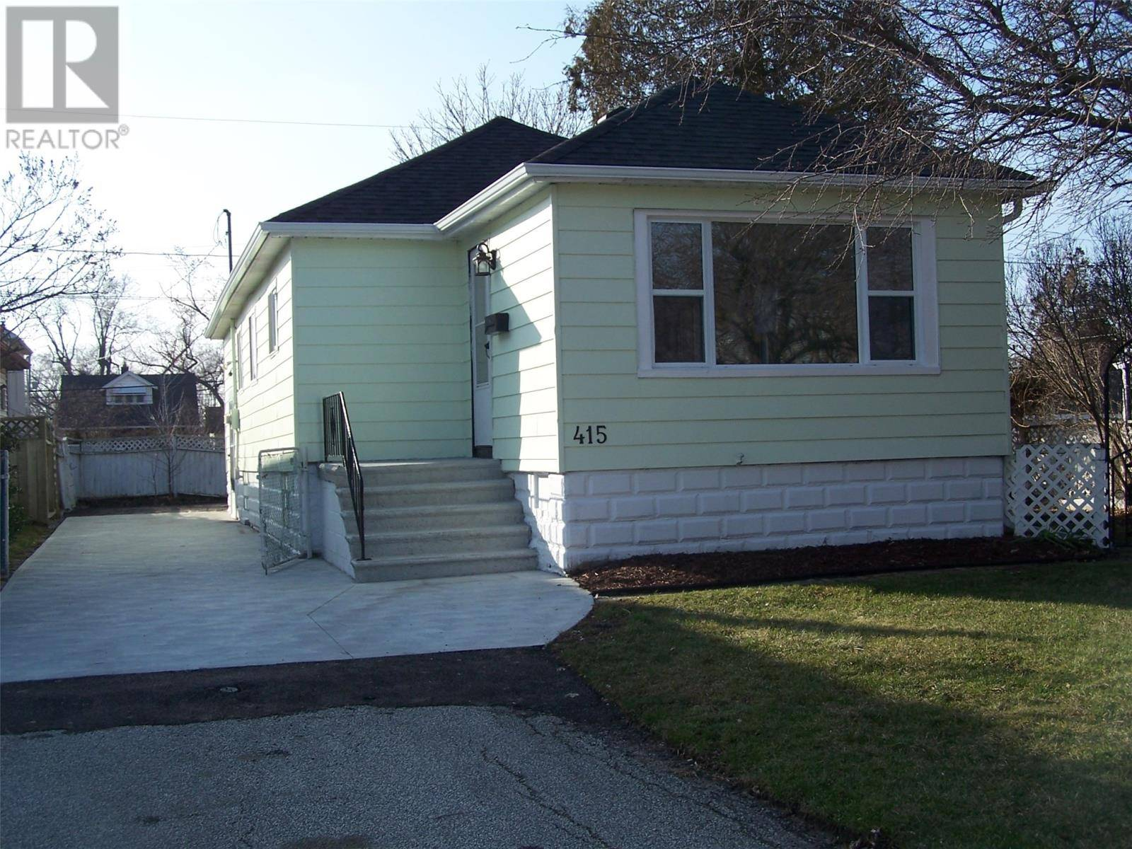 House for sale at 415 Frank Ave Windsor Ontario - MLS: 20000598