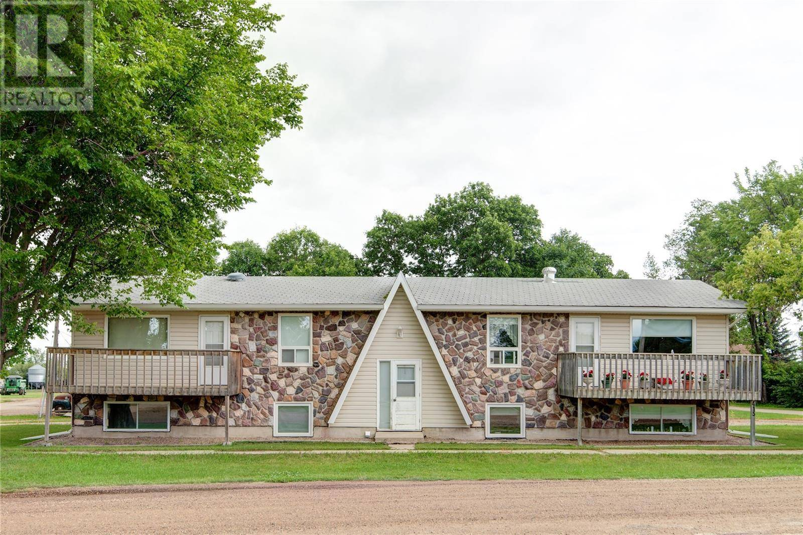 Townhouse for sale at 415 Jamieson Ave Birch Hills Saskatchewan - MLS: SK782970
