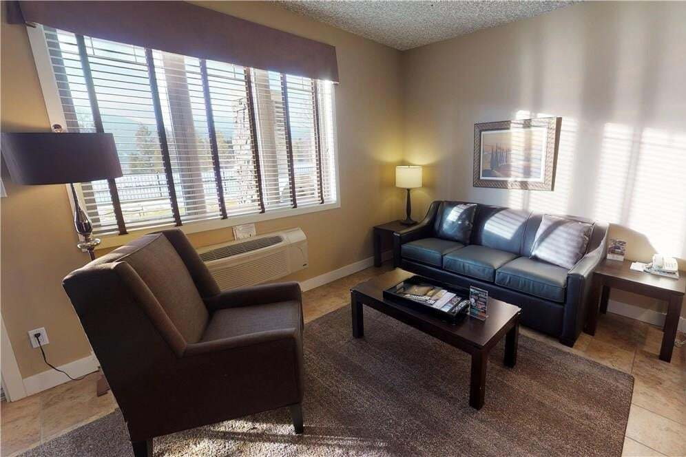 Condo for sale at 415 M - 400 Bighorn Blvd Unit 415 M Radium Hot Springs British Columbia - MLS: 2435047