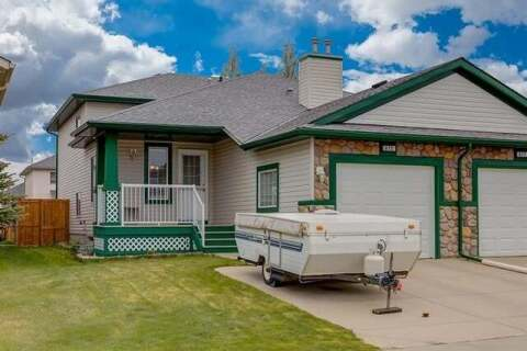 Townhouse for sale at 415 Stonegate Ri Northwest Airdrie Alberta - MLS: C4299207