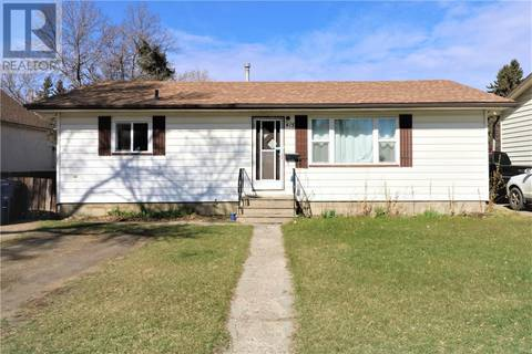 House for sale at 415 W Ave S Saskatoon Saskatchewan - MLS: SK770952