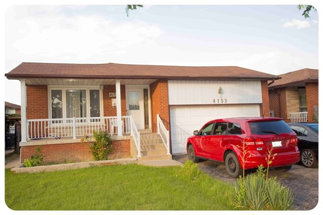 Removed: 4153 Brandon Gate Drive, Mississauga, ON - Removed on 2017-08-22 06:03:02