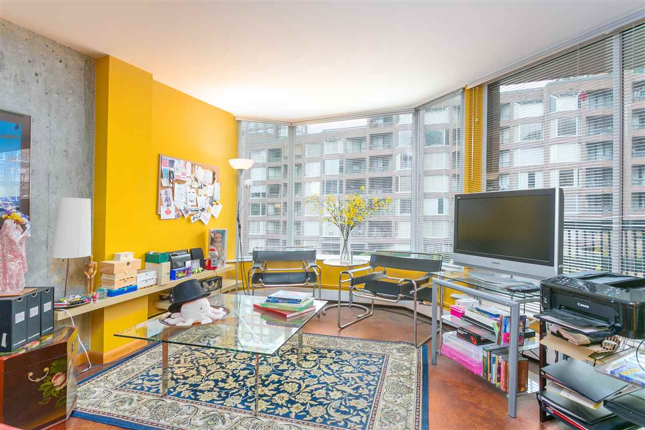 For Sale: 417 - 1333 Hornby Street, Vancouver, BC | 1 Bed, 1 Bath Condo for $678,000. See 20 photos!