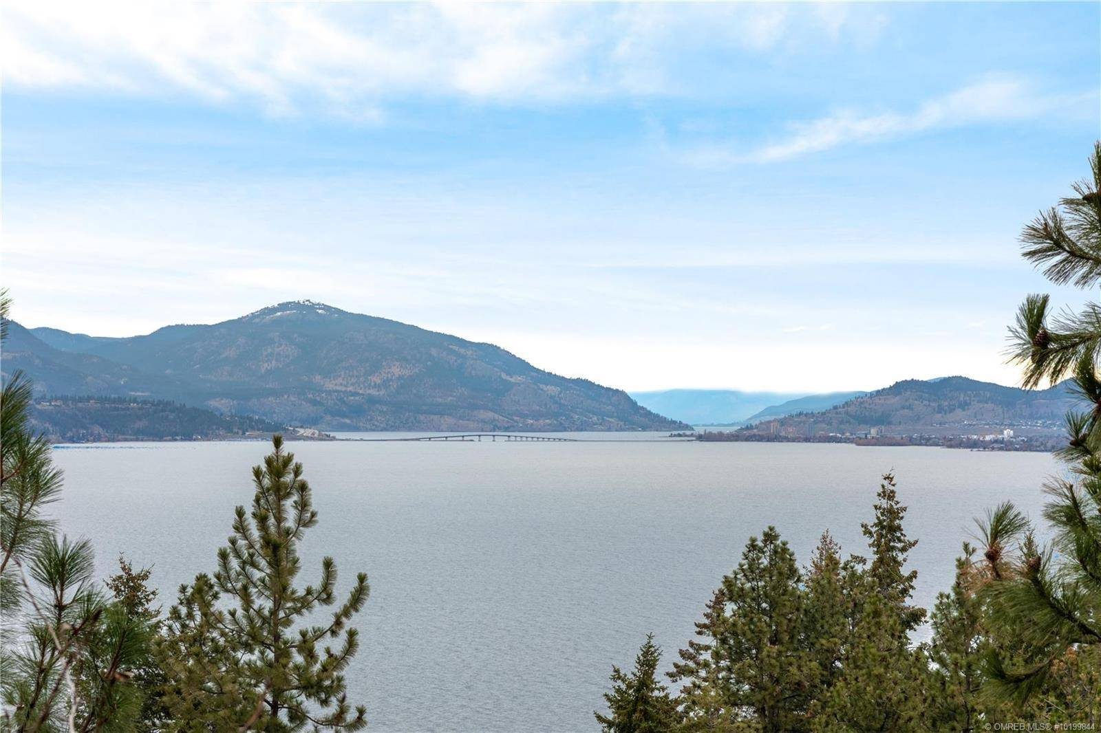 House for sale at 417 Viewcrest Rd Kelowna British Columbia - MLS: 10199844