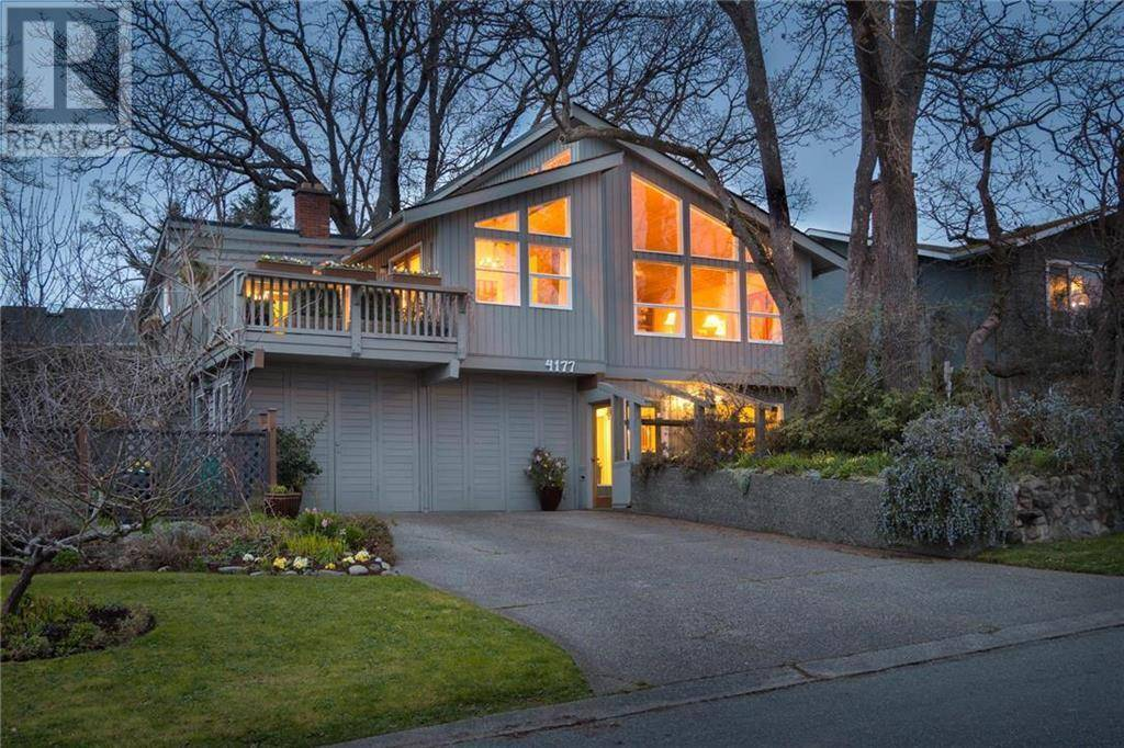 House for sale at 4177 Thornhill Cres Victoria British Columbia - MLS: 415519