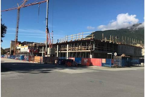 Condo for sale at 37881 Cleveland Ave Unit 418 Squamish British Columbia - MLS: R2309225