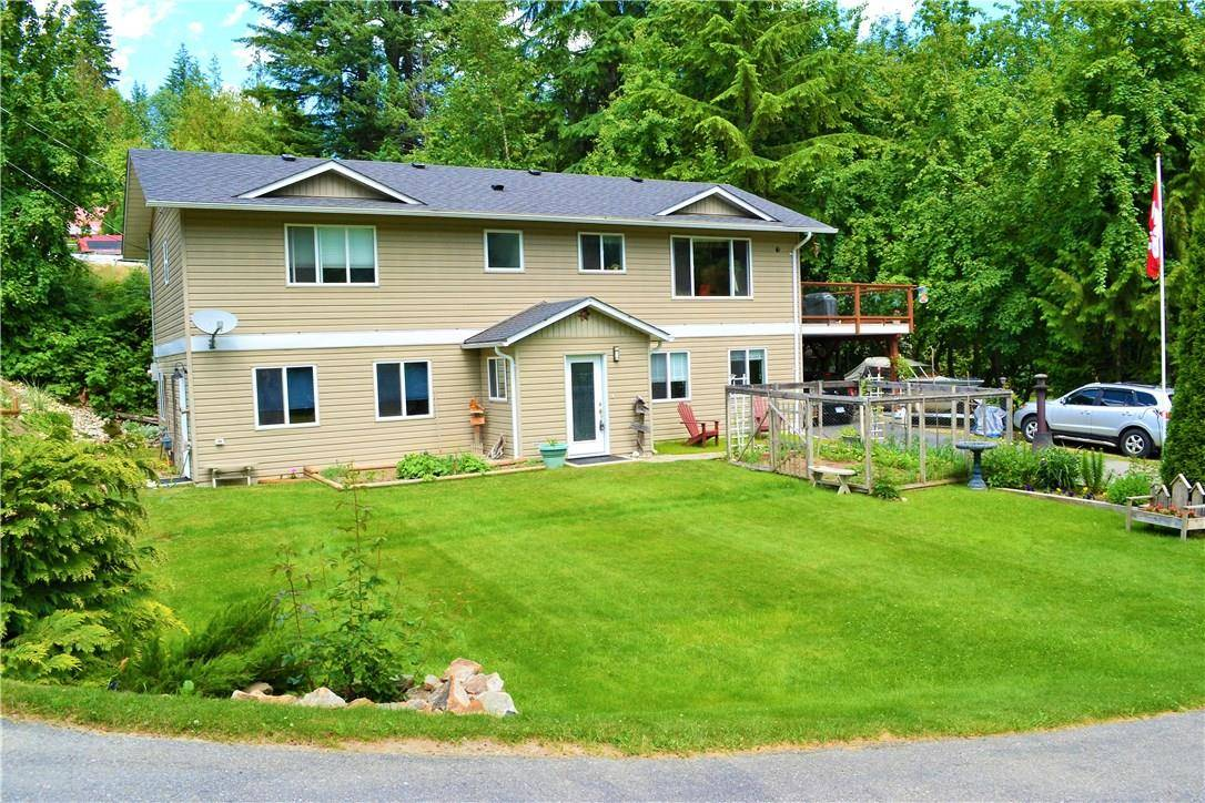House for sale at 418 Balfour Heights Rd Balfour British Columbia - MLS: 2435443