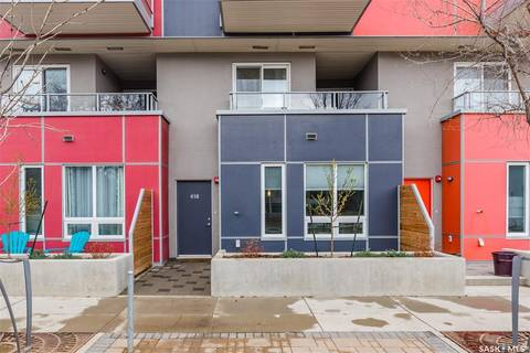 Townhouse for sale at 418 C Ave S Saskatoon Saskatchewan - MLS: SK797792