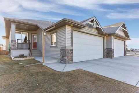 Townhouse for sale at 418 Crystalridge Te Okotoks Alberta - MLS: C4236905