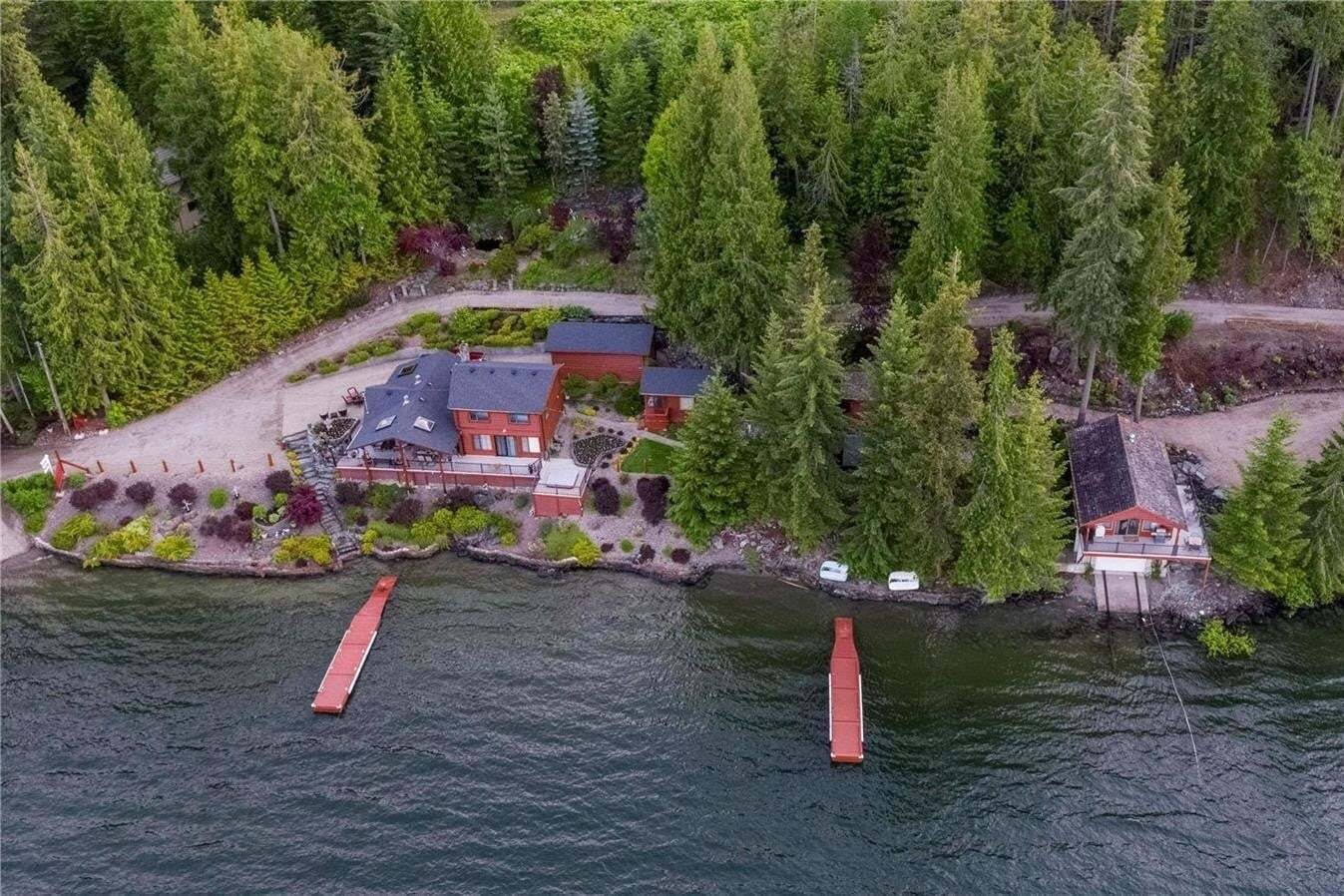 House for sale at 4183 Galligan Rd Eagle Bay British Columbia - MLS: 10207608