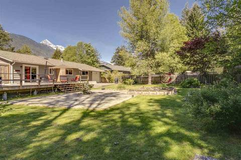 House for sale at 41852 Government Rd Squamish British Columbia - MLS: R2368002