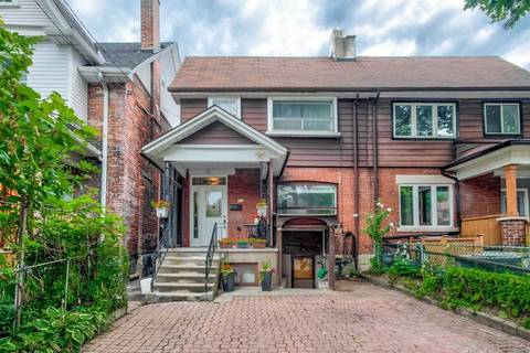 Townhouse for sale at 419 Crawford St Toronto Ontario - MLS: C4576680