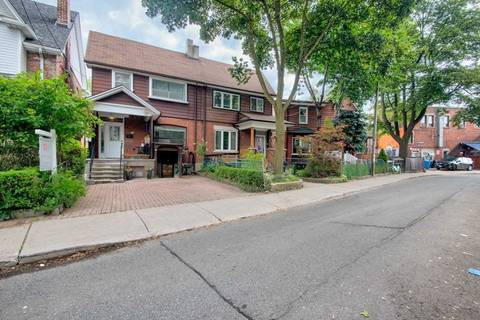 Townhouse for sale at 419 Crawford St Toronto Ontario - MLS: C4620887