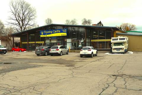 Commercial property for sale at 419 Dundas St Whitby Ontario - MLS: E4680530