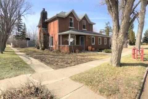 House for sale at 419 Harder St Maple Creek Saskatchewan - MLS: SK806575
