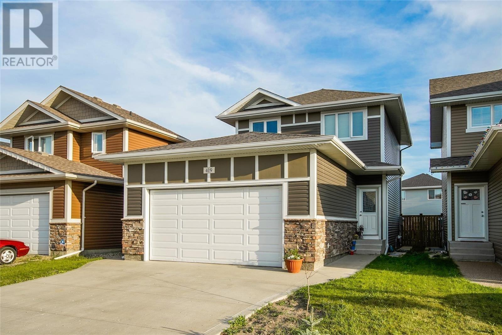 House for sale at 419 Veltkamp Cres Saskatoon Saskatchewan - MLS: SK819246
