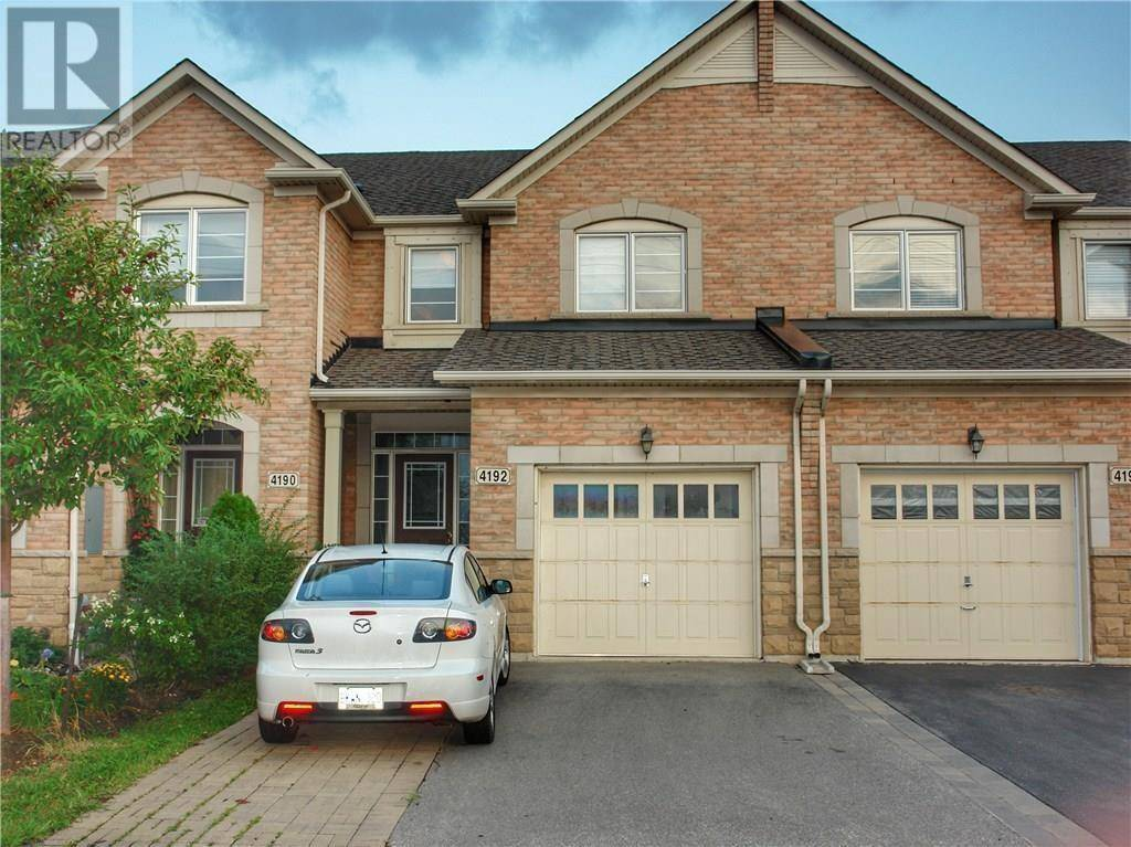 Townhouse for rent at 4192 Rawlins Common Burlington Ontario - MLS: 30799722