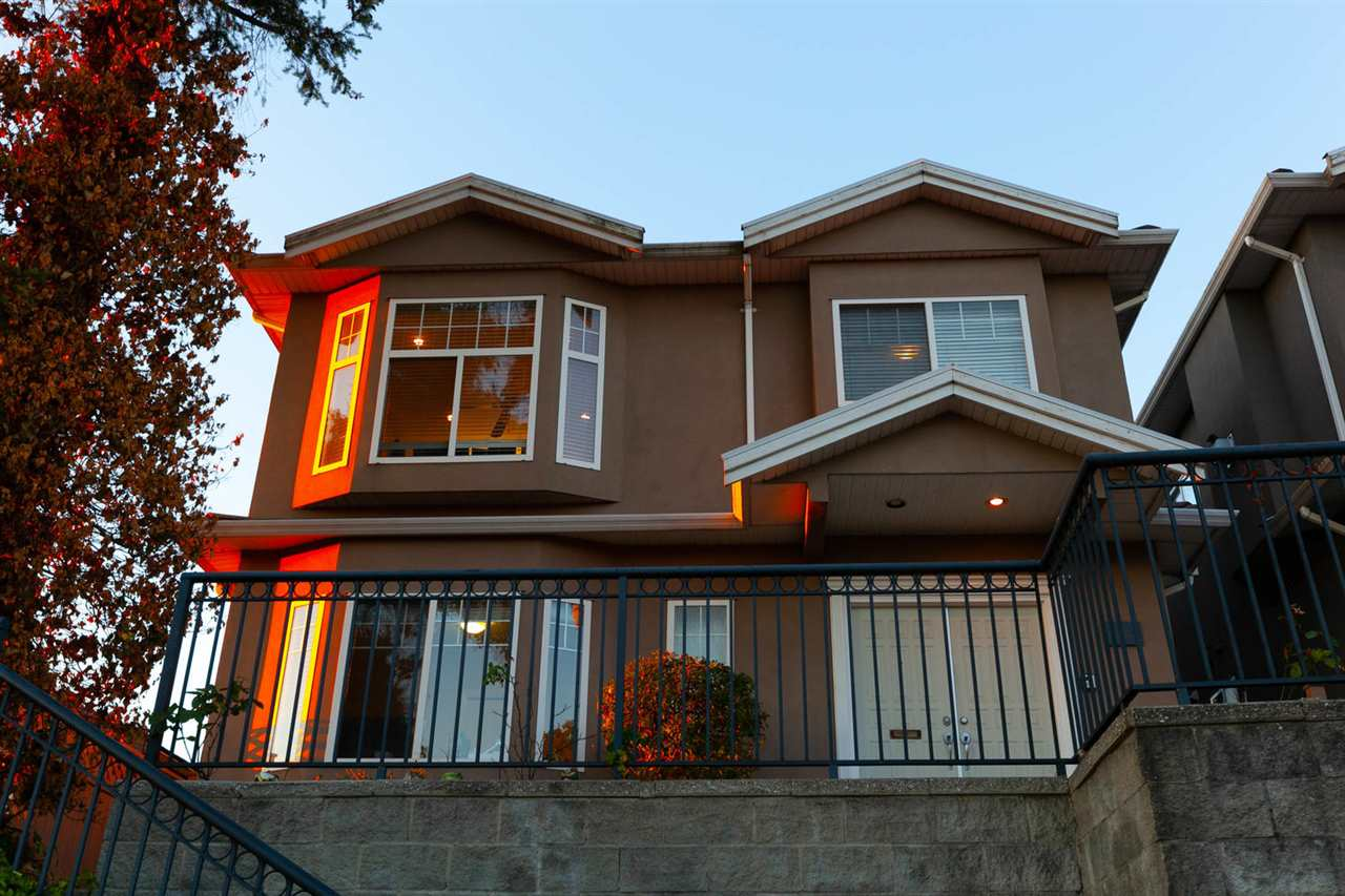 Sold: 41st - 1583 East East 41st Avenue, Vancouver, BC