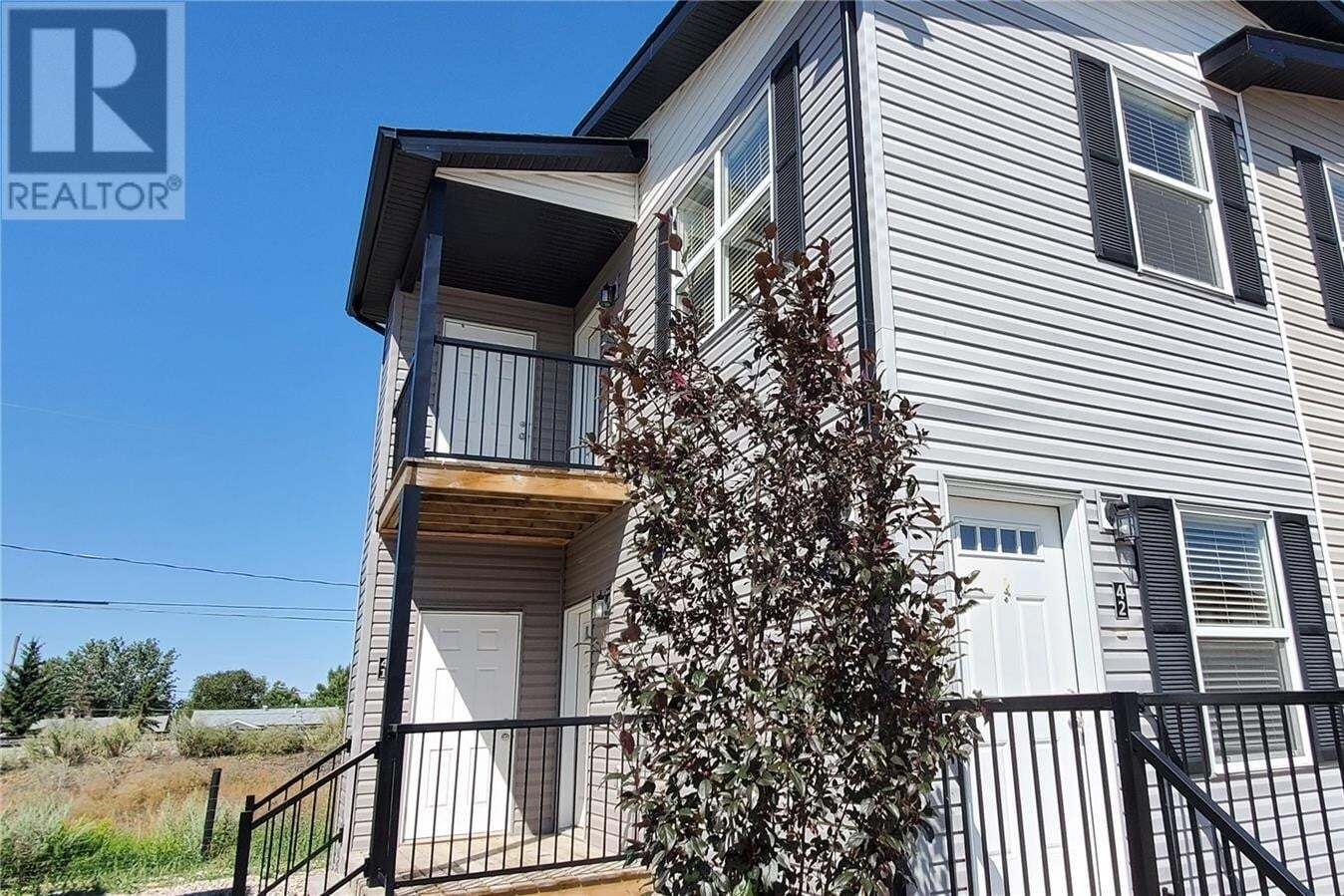 Townhouse for sale at 1275 South Railway St E Unit 42 Swift Current Saskatchewan - MLS: SK820830