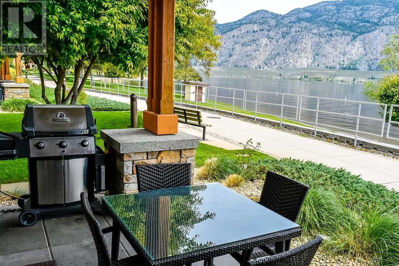 Townhouse for sale at 15 Park Pl Unit 42 Osoyoos British Columbia - MLS: 183804