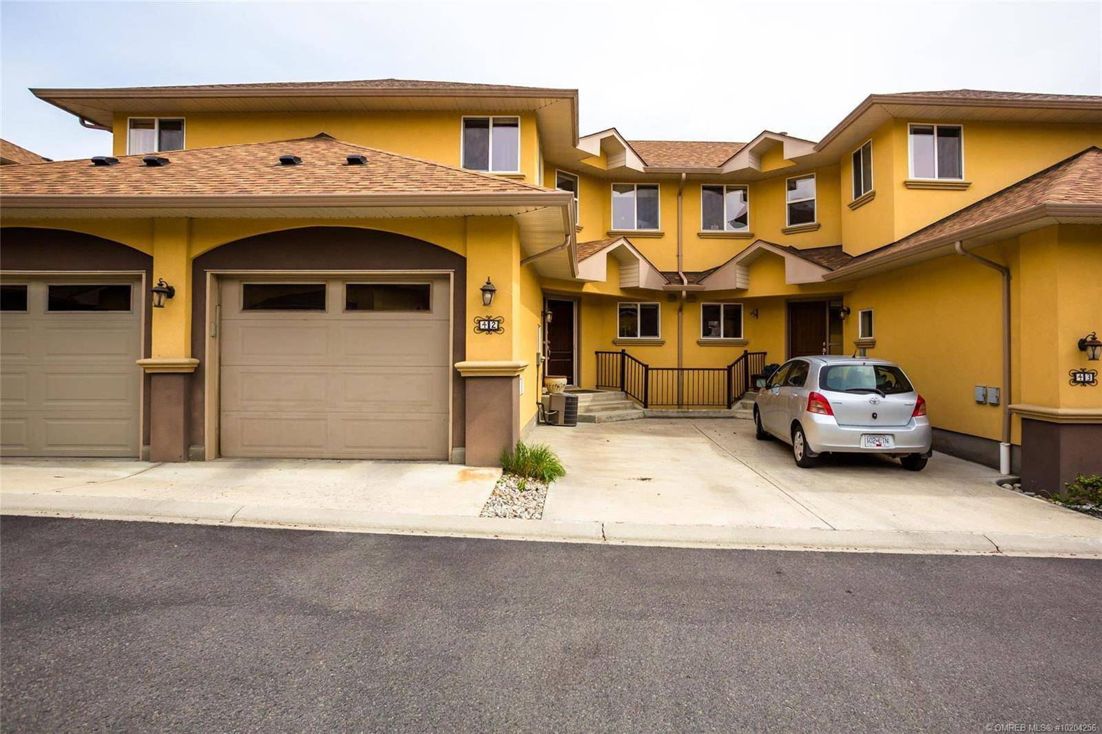 Townhouse for sale at 218 Glen Park Dr Unit 42 Kelowna British Columbia - MLS: 10204256