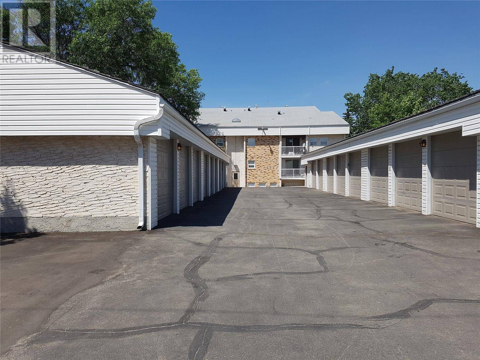 Condo for sale at 228 3rd St Ne Unit 42 Weyburn Saskatchewan - MLS: SK776038