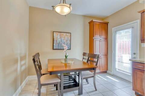 Condo for sale at 435 Hensall Circ Unit 42 Mississauga Ontario - MLS: W4930176