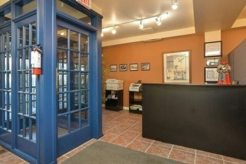 Commercial property for sale at 42 Queen St Caledon Ontario - MLS: W4999913