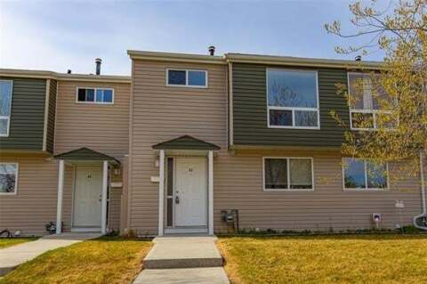 Townhouse for sale at 5425 Pensacola Cres Southeast Unit 42 Calgary Alberta - MLS: C4293278