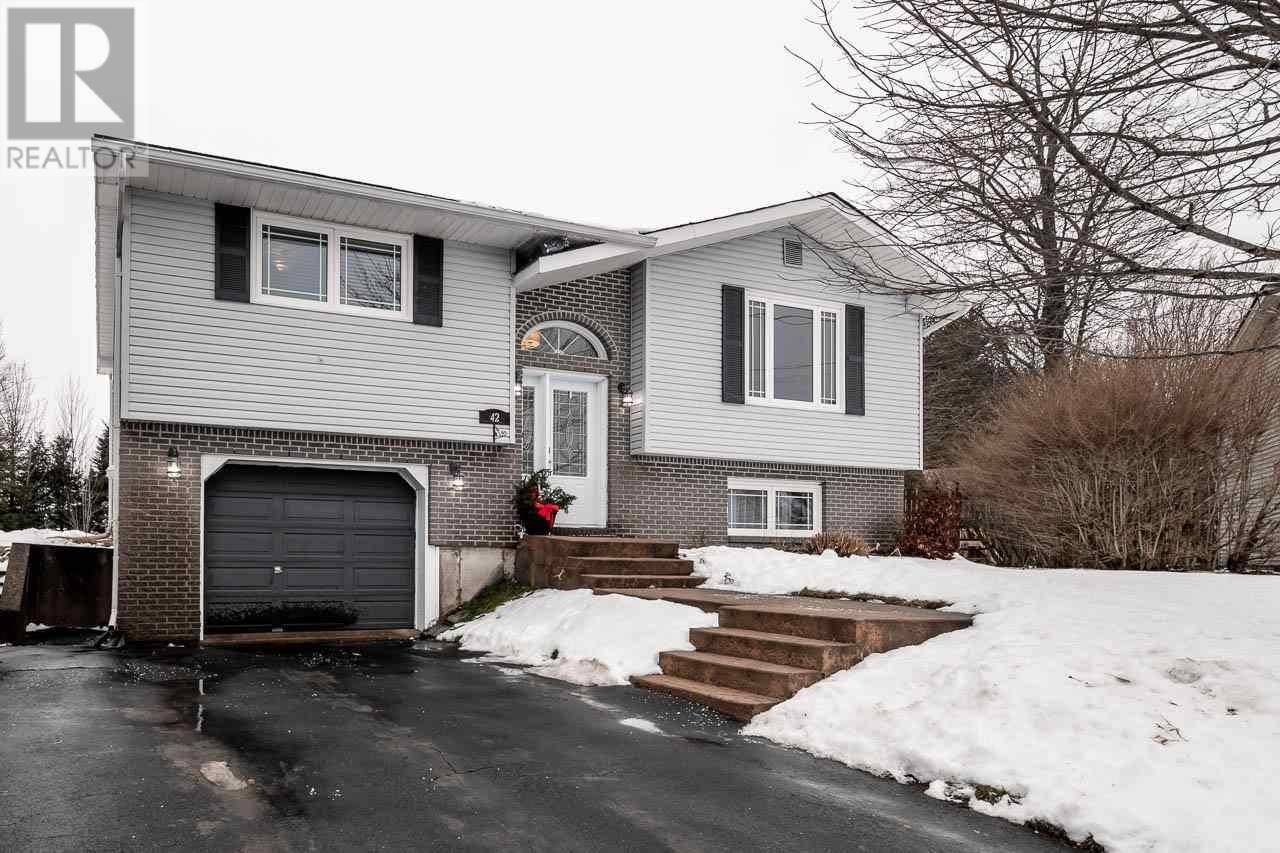 House for sale at 42 Barque Ct Middle Sackville Nova Scotia - MLS: 202000570