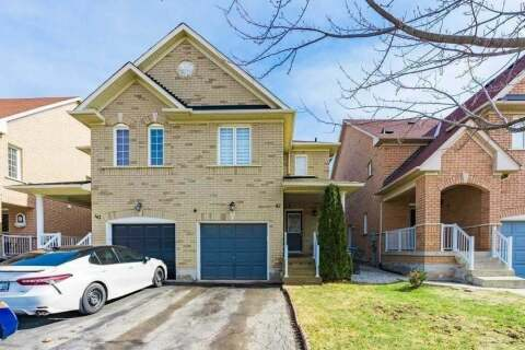 Townhouse for sale at 42 Cadillac Cres Brampton Ontario - MLS: W4852330