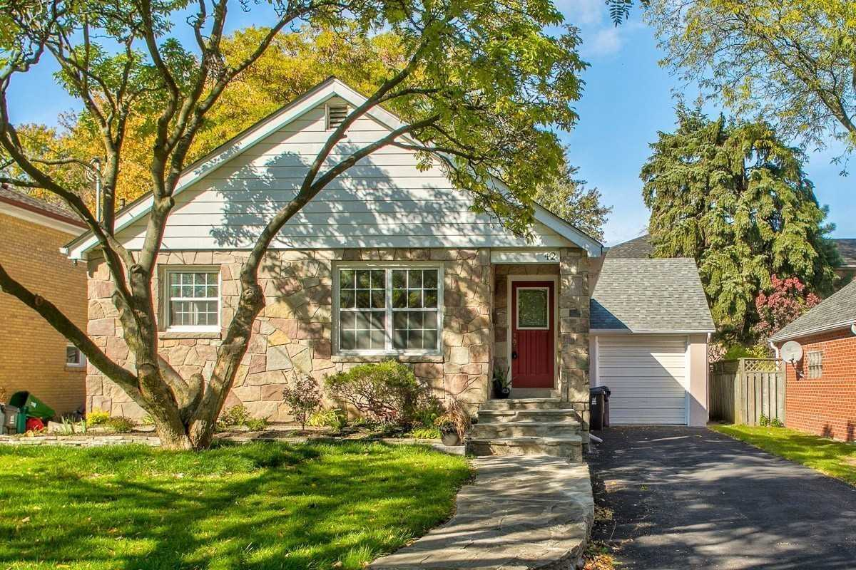 For Sale: 42 Centre Avenue, Toronto, ON | 3 Bed, 2 Bath House for $1288000.00. See 20 photos!