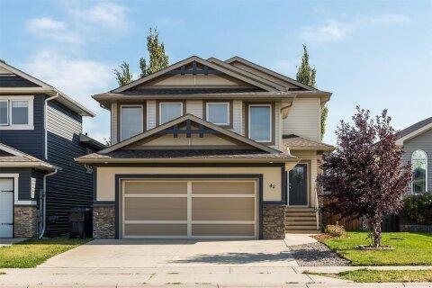 House for sale at 42 Coalbanks  Li W Lethbridge Alberta - MLS: A1034922