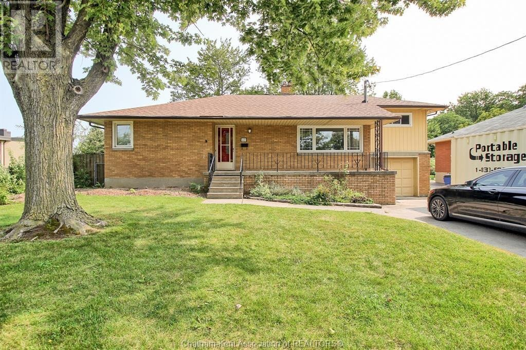 House for sale at 42 Croydon St Chatham Ontario - MLS: 20012194