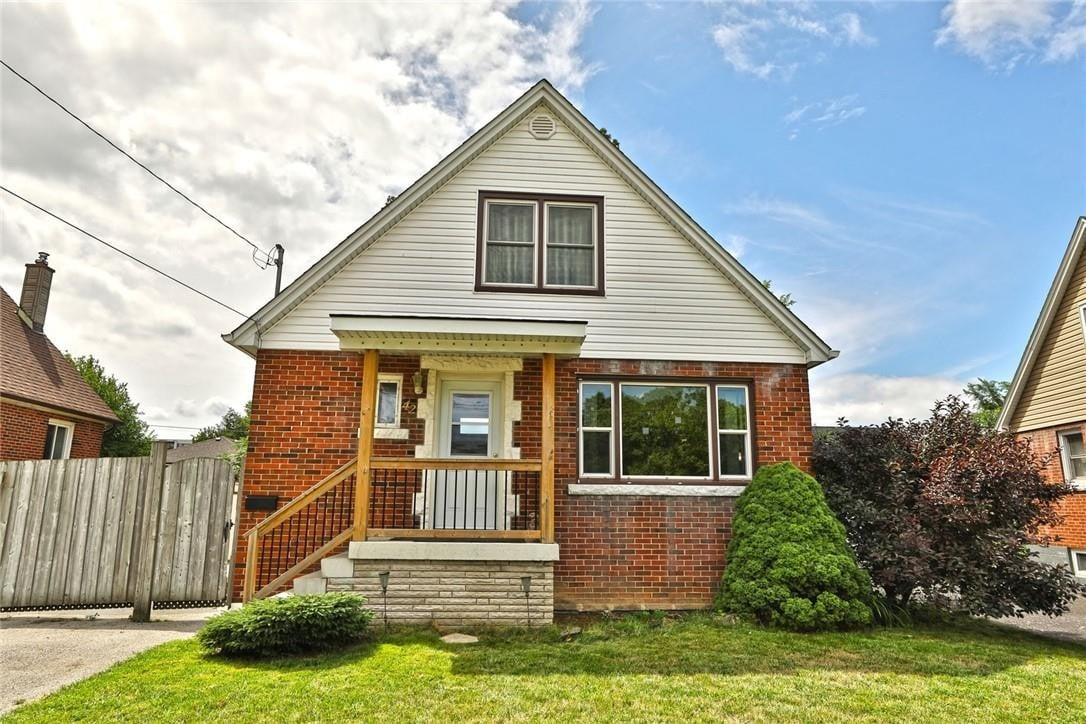 House for sale at 42 Delevan Cres Hamilton Ontario - MLS: H4085184