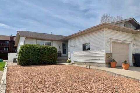 Townhouse for sale at 42 Fenson Cres Yorkton Saskatchewan - MLS: SK802842