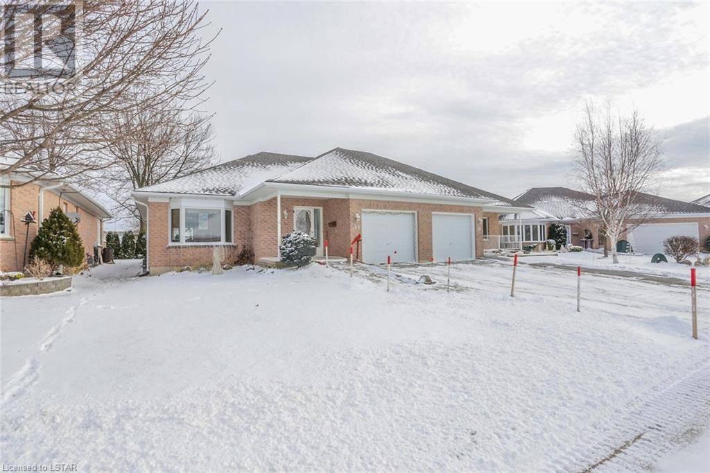 Residential property for sale at 42 Ilderbrook Circ Ilderton Ontario - MLS: 241671