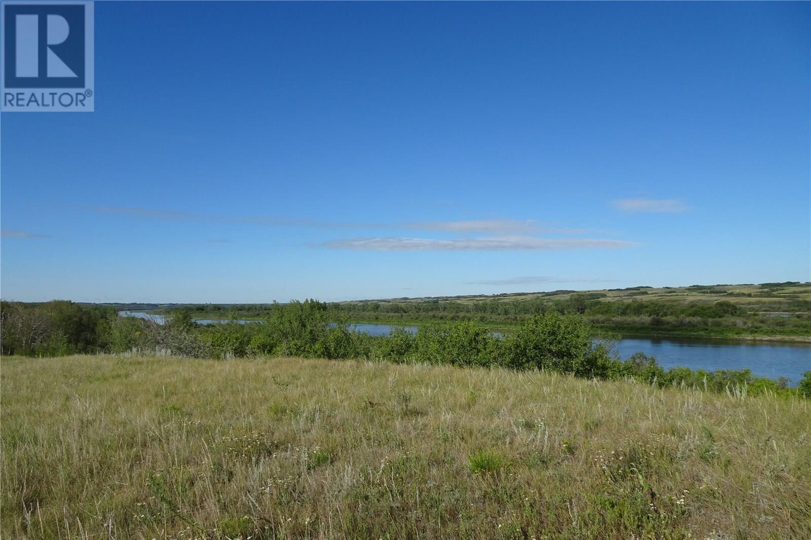 Residential property for sale at 42 Laurier Cres Sarilia Country Estates Saskatchewan - MLS: SK817497
